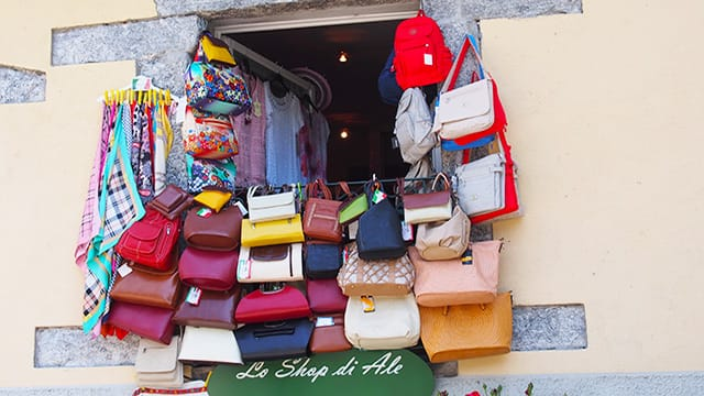 A Guide to Summer Shopping in Italy